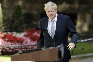 Премьер Британии Джонсон уйдет в декретный отпуск