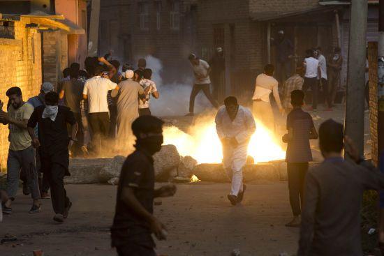 У Кашмірі понад 150 людей постраждали у протестах проти скасування Індією автономії