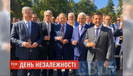 Все, кроме Януковича: в Сети появилось фото пяти украинских президентов