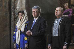 Порошенко объяснил, почему проигнорировал официальные торжества на Майдане