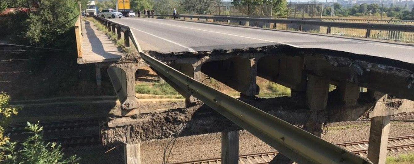 В Харькове обрушился мост вблизи окружной дороги
