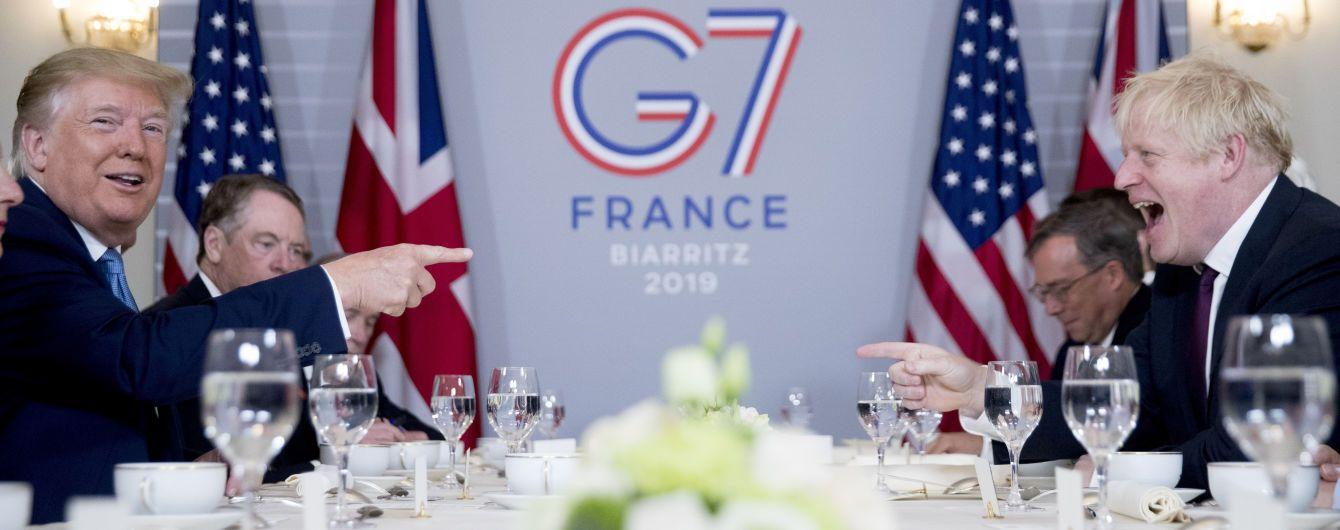 """Після виходу з ЄС Трамп пообіцяв Британії """"дуже велику торговельну угоду"""""""