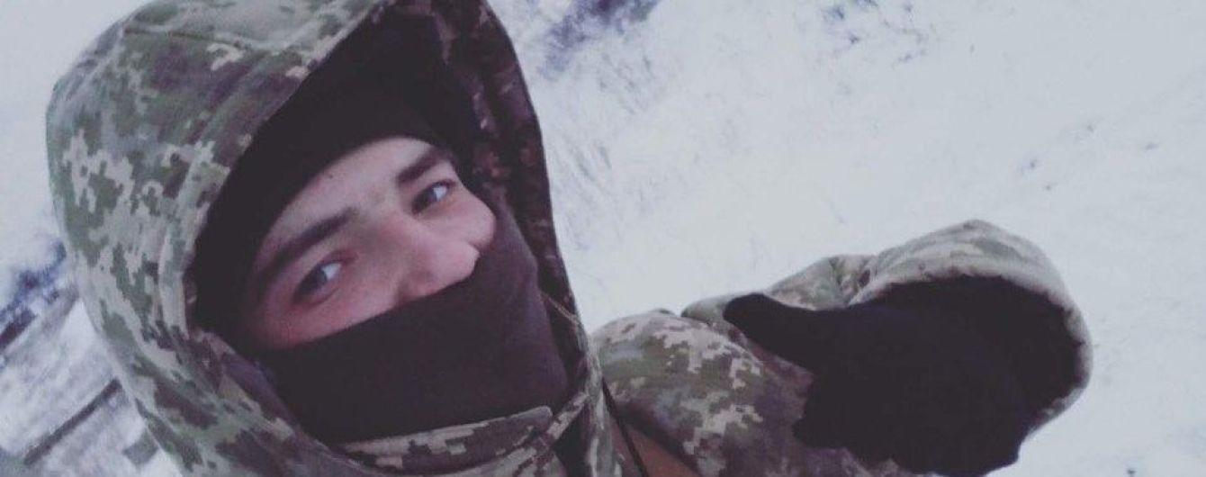 На Донбасі під ворожими обстрілами загинув 20-річний морпіх