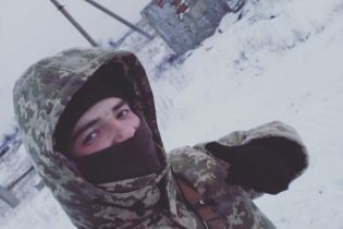 На Донбассе под вражескими обстрелами погиб 20-летний морпех