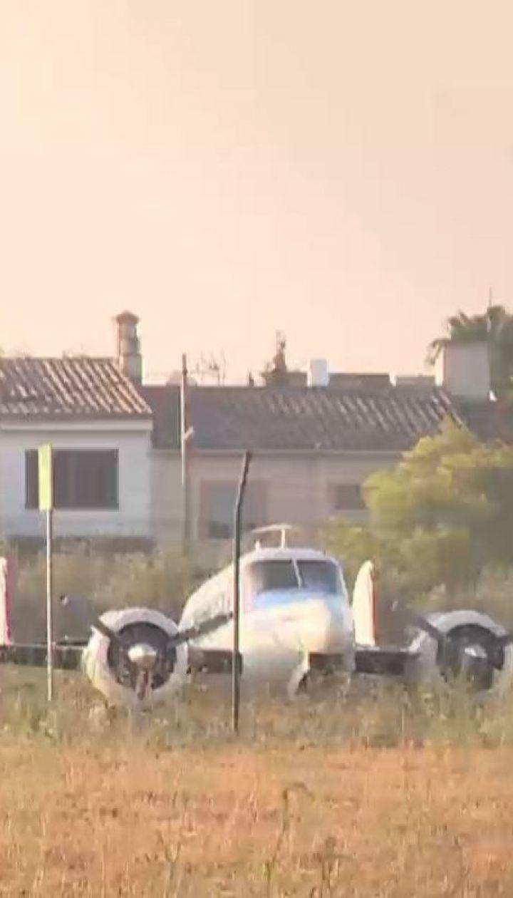 В небе над испанской Майоркой не разминулись вертолет и частный самолет, все погибли
