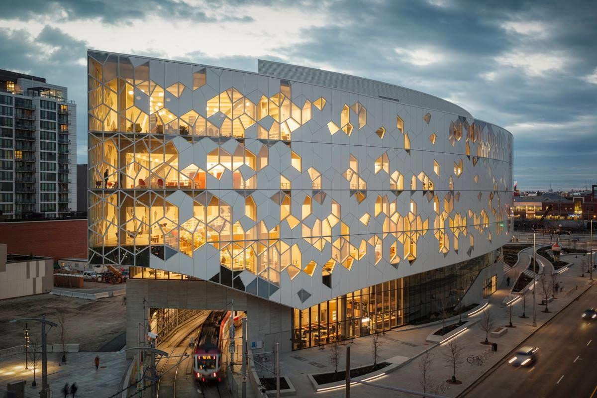 Центральная библиотека Калгари, Канада.
