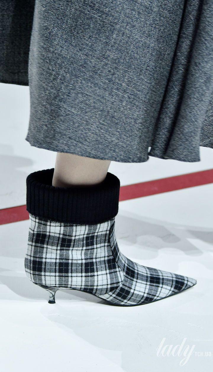 Коллекция Christian Dior  прет-а-порте сезона осень-зима 2019-2020 @ Getty Images