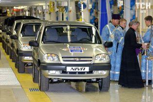 """Завод """"GM-АвтоВАЗ"""" остановит выпуск авто из-за обвала продаж"""