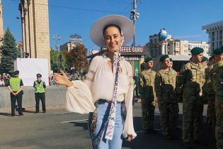 """Alina Pash получила множество угроз в свой адрес после выступления на """"Шествии Достоинства"""" на Майдане"""