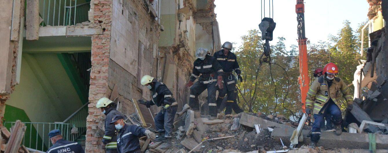 Число погибших от обрушения здания в Дрогобыче возросло до восьми