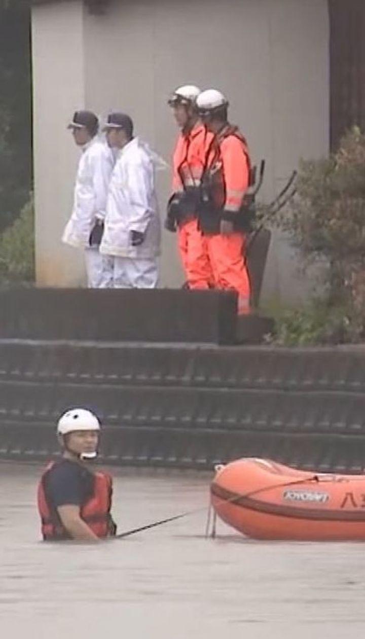 Мощные ливни в Японии унесли жизни трех человек