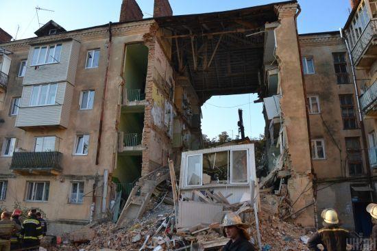 Будинок, який обвалився у Дрогобичі, було зведено не надійно. Панель склалася, як карткова
