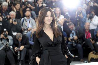 Элегантная Моника Беллуччи затмила присутствующих эффектным образом на Венецианском фестивале