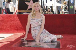 """Получила звезду и впервые показала сына: Кирстен Данст на """"Аллее славы"""" в Голливуде"""