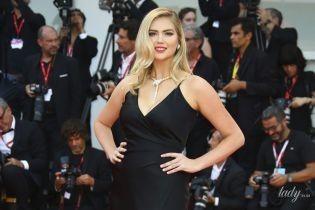 Ставка на черное: пять стильных звезд на красной дорожке Венецианского кинофестиваля