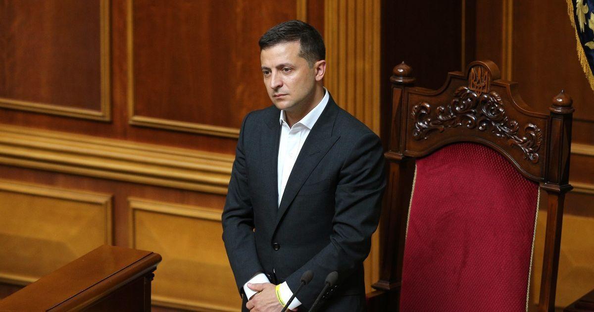Львовский облсовет призвал Зеленского не допустить нарушения нацинтере
