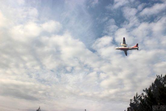 До гасіння масштабної пожежі у Луганській області залучили авіацію