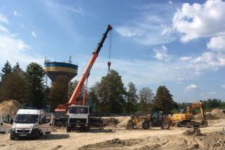 В Ровно на строительстве двух рабочих засыпало грунтом в котловане: есть погибший