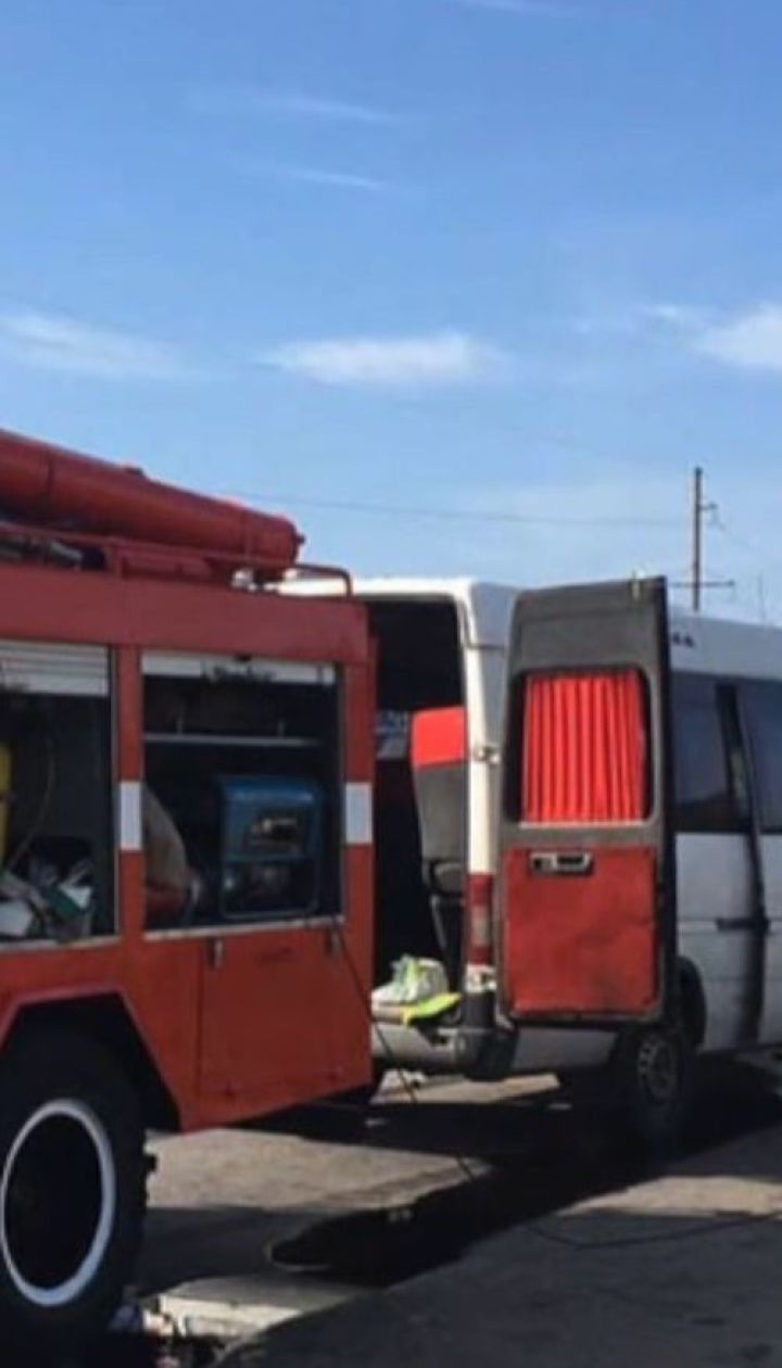 Десять человек пострадали вследствие аварии в Днепропетровской области