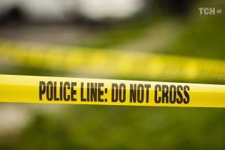 В Техасе неизвестные из двух машин обстреляли магазин: двое погибших, десятки раненых