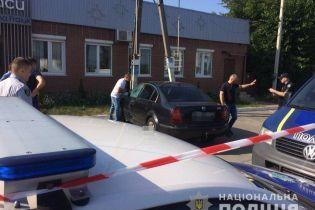 Под Киевом мужчина застрелился в машине
