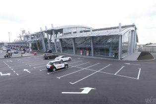 """Аэропорт """"Киев"""" закрылся на 10 дней"""