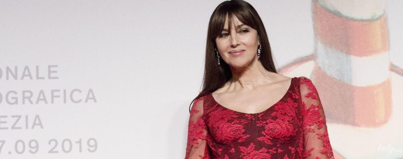 В кружевном платье и в компании бывшего мужа: красивая Моника Беллуччи в Венеции