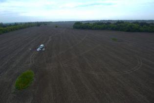 Закопали тело в поле: в Запорожье полиция за сутки раскрыла убийство перевозчика