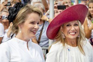 Одна другой красивее: королевы Максима и Матильда на торжественном мероприятии
