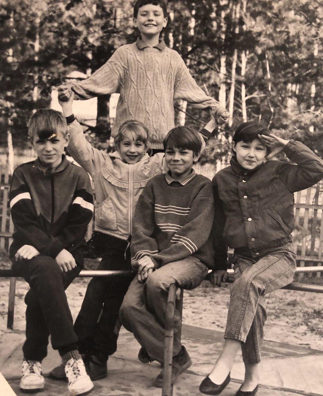 1 вересня архівні фото зірок_1