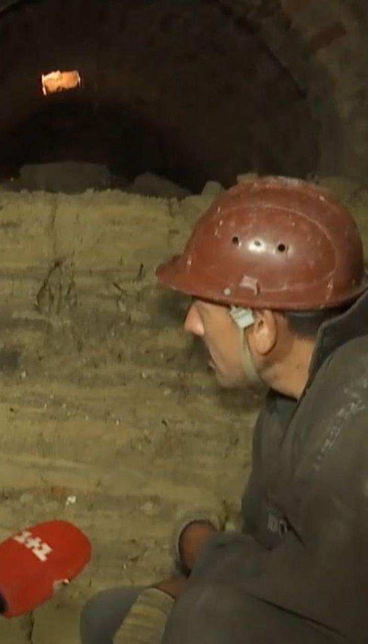 На Хмельниччині археологи на подвір'ї місцевих жителів розкопали підземне сховище