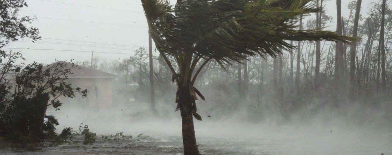 """На Багамских островах подтвердили гибель пяти человек от урагана """"Дориан"""""""