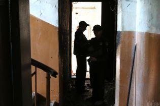 В Сумах мужчина изнасиловал 6-летнюю девочку. Мать не стала обращаться к копам