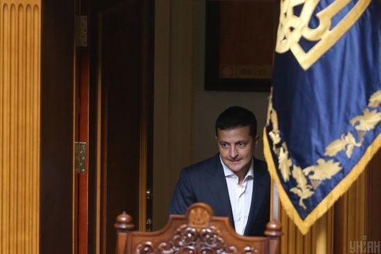 У комітеті пояснили, чому Зеленський вирішив звільнити всіх членів ЦВК