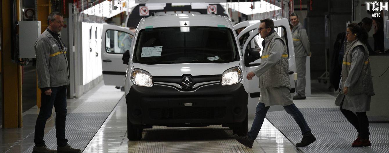 Появился рейтинг самых популярных машин для бизнеса в Украине за август