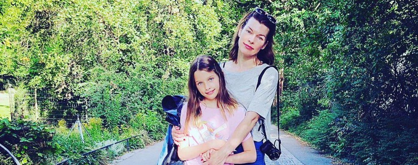 11-летняя дочь Милы Йовович поразила сходством со звездной мамой