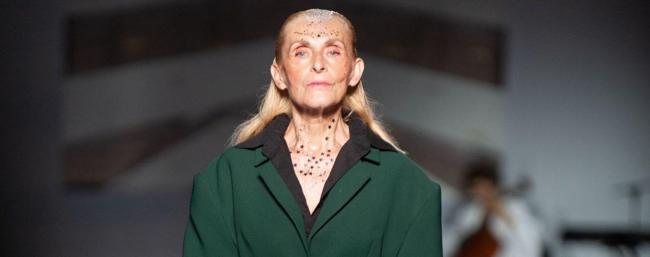 Модели 55+ в роскошных нарядах вышли на подиум Ukrainian Fashion Week