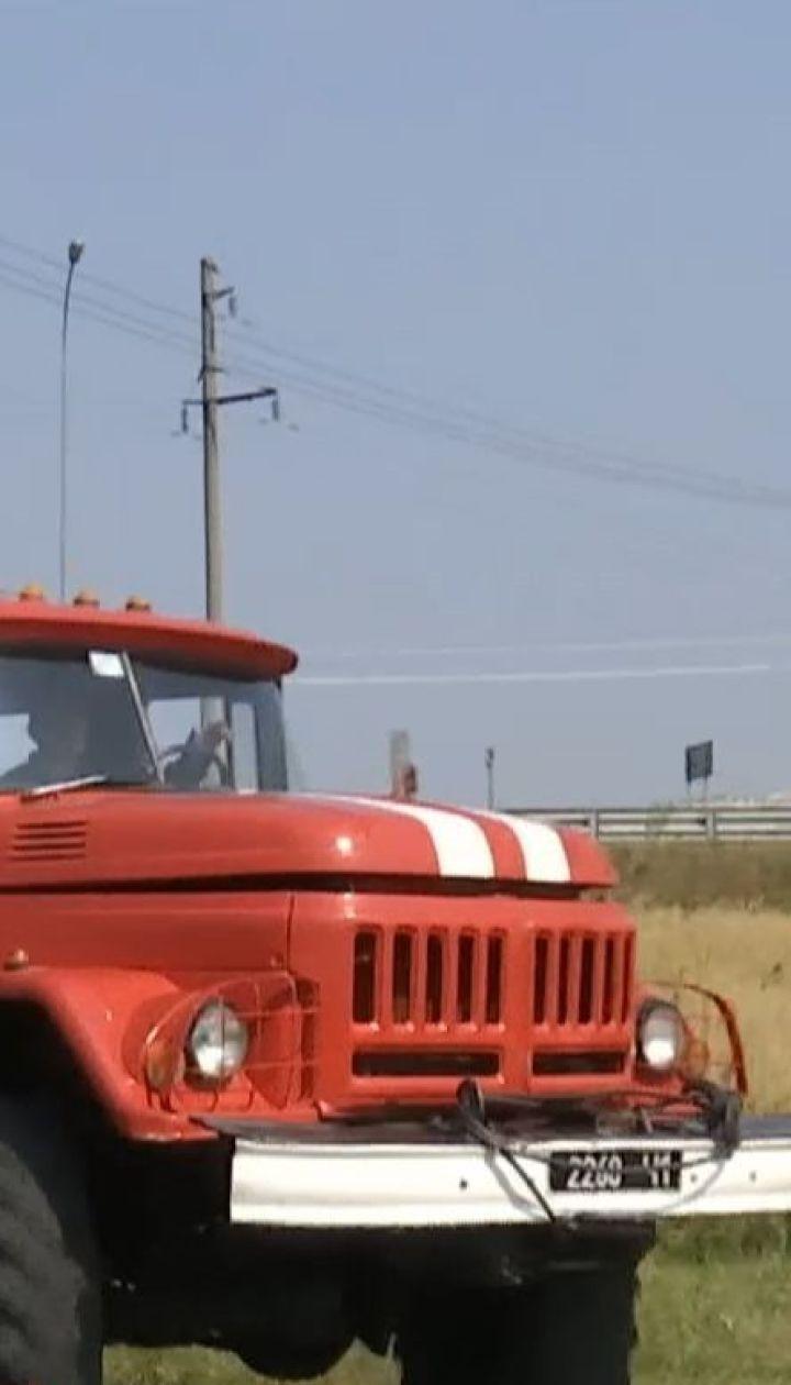 Самый высокий уровень пожарной опасности: на Киевщине горят торфяники, поля и леса