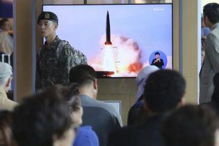 """Ракетные испытания КНДР демонстрируют признаки увеличения арсенала. Трамп продолжает называть их """"стандартными"""" - NYT"""