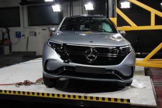 Первый электрокар Mercedes прошел беспощадные краш-тесты