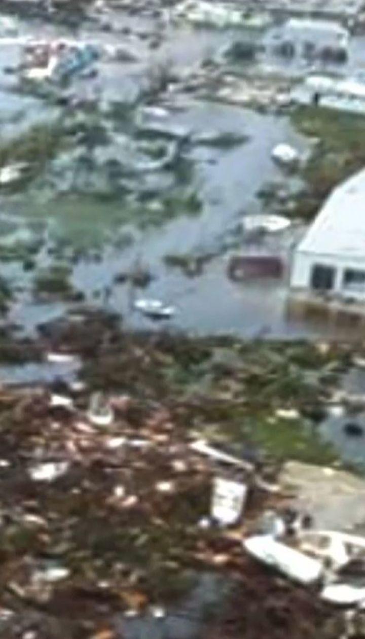 """Примерно 3 миллиона американцев просят эвакуироваться вследствие убийственного урагана """"Дориан"""""""