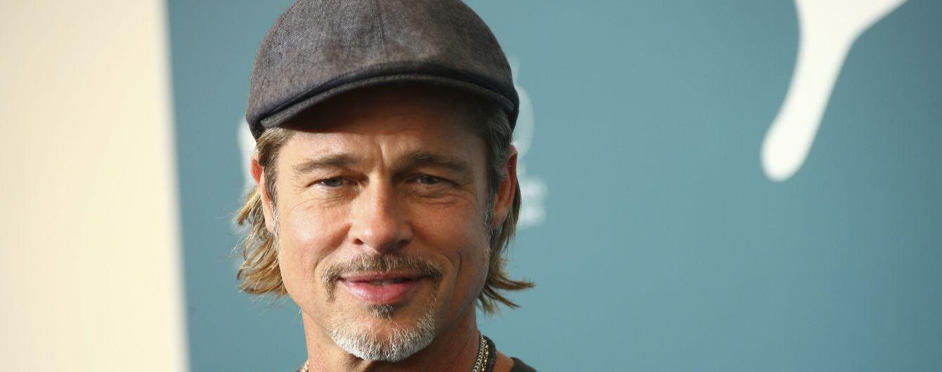 Брэд Питт признался, что после развода с Джоли посещал собрания анонимных алкоголиков