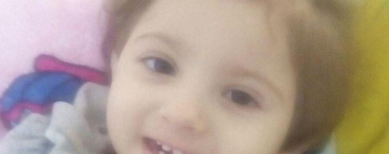 2-летняя Сашенька нуждается в помощи неравнодушных