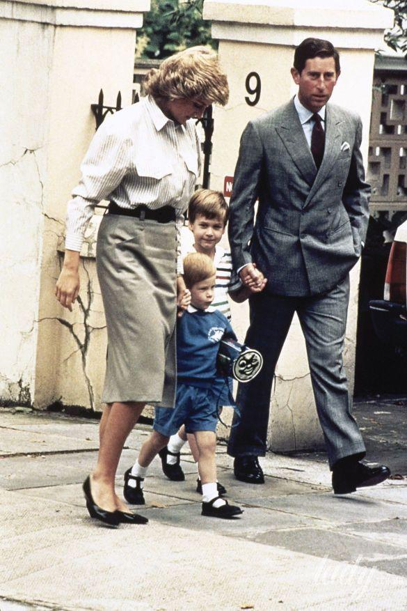 Принцесса Диана с сыновьями Уильямом и Гарри в школе_2