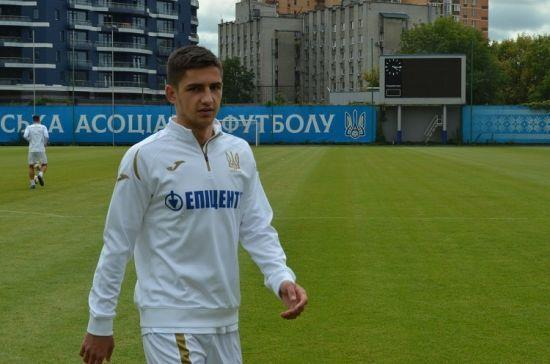 Збірна України зазнала кадрової втрати перед матчем відбору Євро-2020 з Литвою
