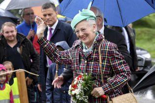 Не хуже Елизаветы II: датская королева Маргрете II появилась на публике в двух красивых аутфитах