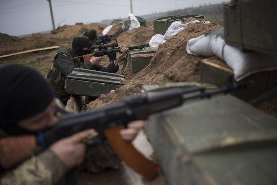 Терористи на Донбасі 13 разів відкривали вогонь з мінометів та гранатометів