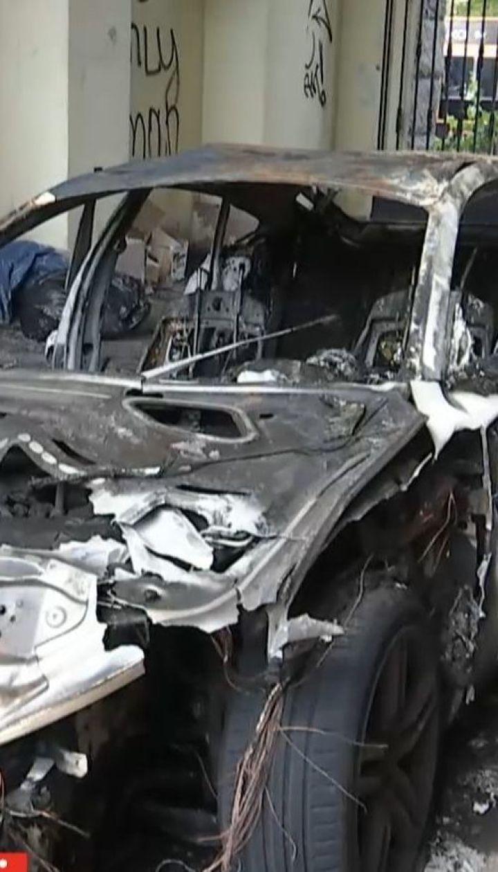 У столиці згоріло авто, яке належало невістці Валерії Гонтаревої