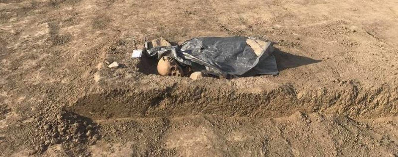 """""""Власть"""" оккупированного Крыма уничтожает мусульманское кладбище на полуострове"""