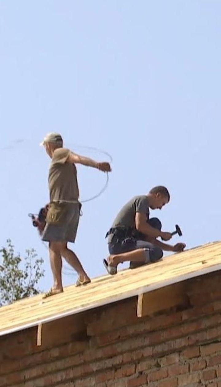 160 учеников уже неделю прогуливают занятия из-за ремонта крыши в школе в Кировоградской области